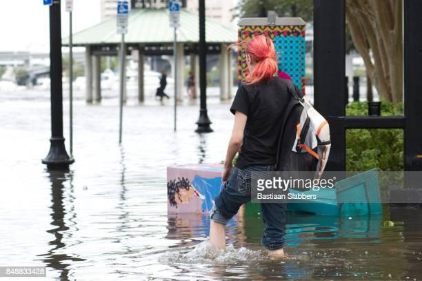 irma van de orkaan lijkt de verenigde staten - orkaan irma 2017 stockfoto's en -beelden