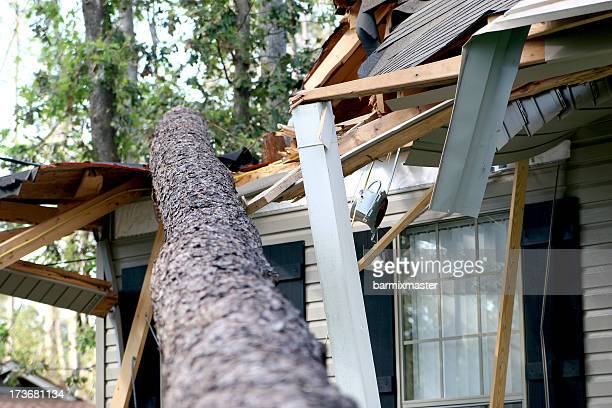 hurricane katrina damage 01 - hurricane storm stock pictures, royalty-free photos & images
