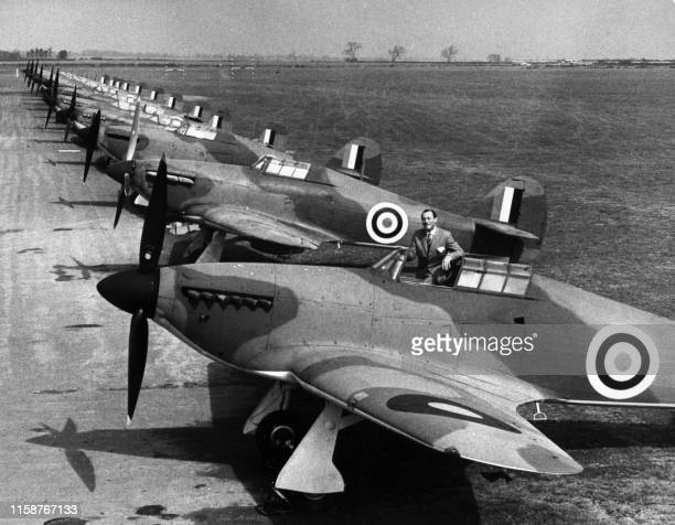 Hurricanes and Spitfires war planes which took part to the Battle of Britain in 1940 are pictured on the RAF Henlow Base 19 April 1968 before taking...