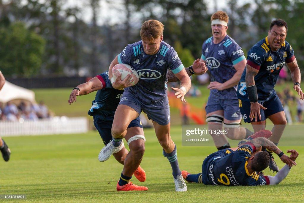 Highlanders v Hurricanes - Super Rugby Aotearoa Trial Match : News Photo