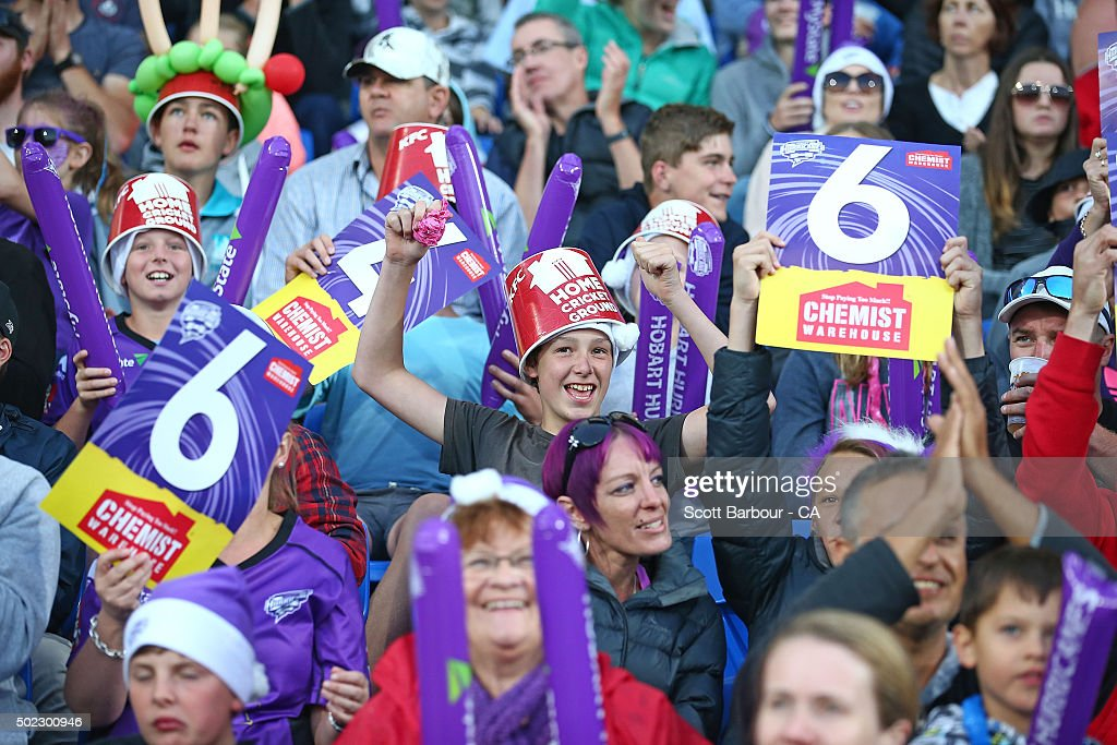 Hurricanes supporters in the crowd show their support during the Big Bash League match between Hobart Hurricanes and Brisbane Heat at Blundstone Arena on December 22, 2015 in Hobart, Australia.