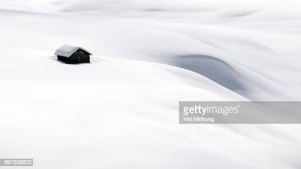 hut in snow (16x9 version) - igloo stock pictures, royalty-free photos & images