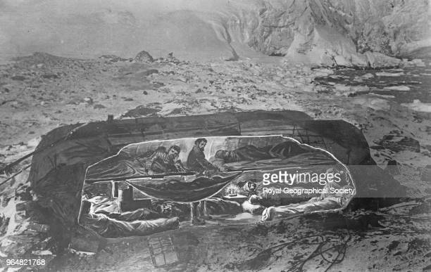Hut on Elephant Island Hut on Elephant Island View of interior of hut on Elephant island Twenty two men lived in this hut for four and a half months...