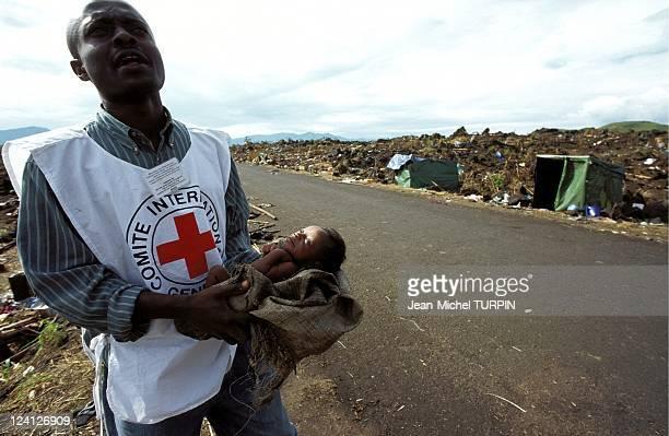 Hutus refugees In Mugunga Zaire On November 18 1996