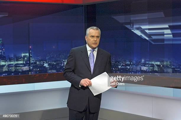Huw Edwards on the new set introduced of the Ten O'Clock News