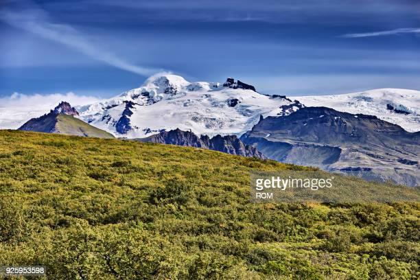 hvannadalshnukur, oeraefajoekull massif, glacier vatnajoekull, skaftafell, austurland, island - austurland stock pictures, royalty-free photos & images