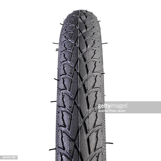 Hybrid bike tyre