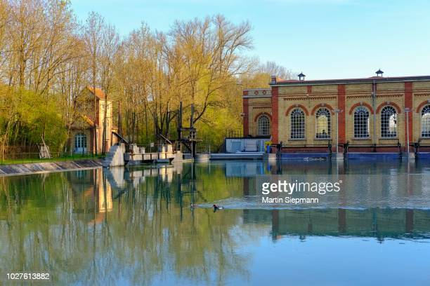 hydroelectric power station on the wolfzahnau, stadtbach, augsburg, swabia, bavaria, germany - アウグスブルク ストックフォトと画像