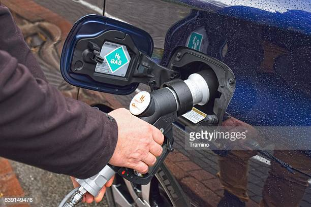Hydrogen refueling on the hydrogen filling station