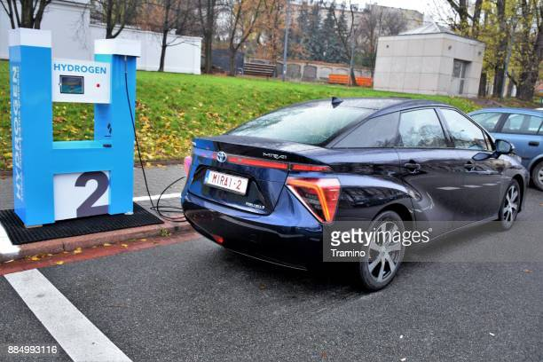 hydrogen refueling on the hydrogen filling station - fuel cell stock pictures, royalty-free photos & images