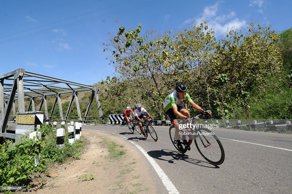 Hyeongmin Choe of Geumsan Insam Cello Korea leads Jamal Hibatullah of KFC Cycling Team Indonesia and Nick Miller of Futuro Pro Cycling Australia during the Stage 6 of Tour de Flores 2017, Ruteng-Labuan Bajo 120.2 km on July 19, 2017 in Labuan Bajo, Flores, Indonesia.