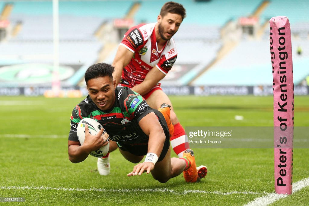 Hymel Hunt of the Rabbitohs dives to score a try during the round 10 NRL match between the South Sydney Rabbitohs and the St George Illawarra Dragons at ANZ Stadium on May 13, 2018 in Sydney, Australia.