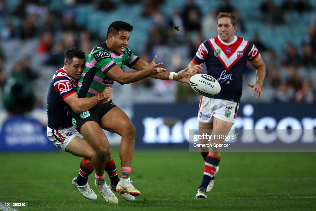Hymel Hunt of the Rabbitohs offloads the ball during the round 22 NRL match between the South Sydney Rabbitohs and the Sydney Roosters at ANZ Stadium on August 10, 2018 in Sydney, Australia.