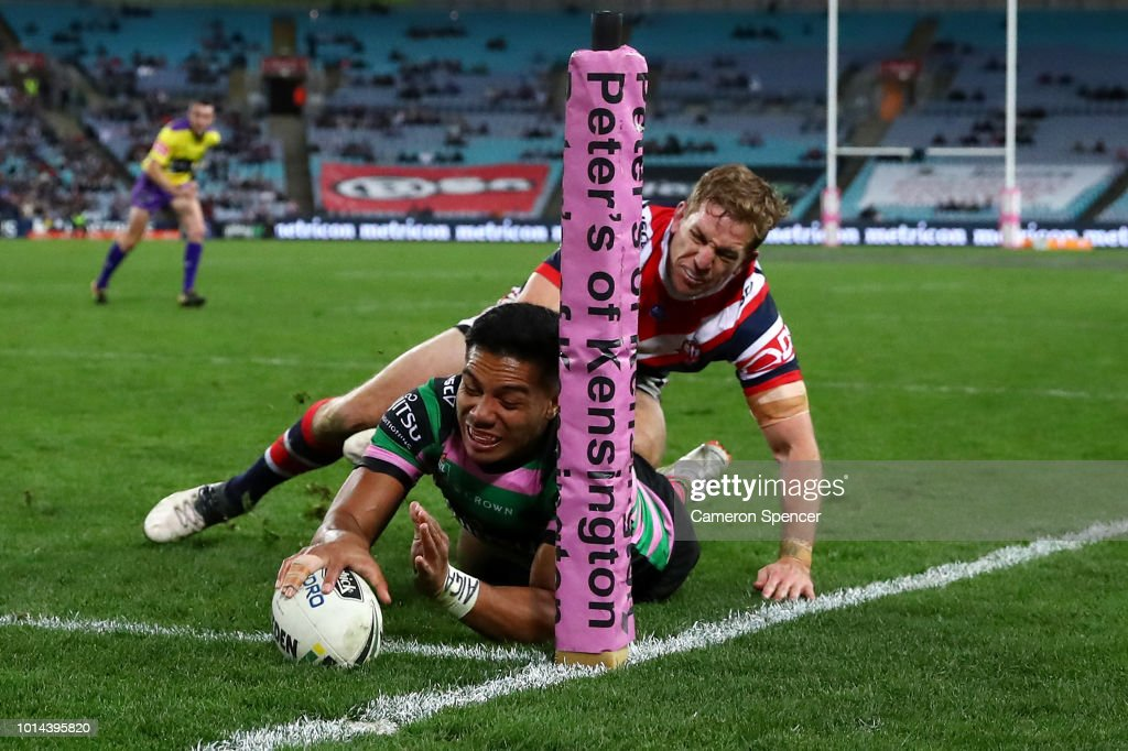 Hymel Hunt of the Rabbitohs scores a try during the round 22 NRL match between the South Sydney Rabbitohs and the Sydney Roosters at ANZ Stadium on August 10, 2018 in Sydney, Australia.