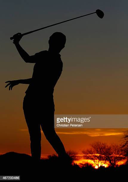 Hyo Joo Kim of South Korea hits a tee shot on the 18th hole during the third round of the LPGA Founders Cup at Wildfire Golf Club on March 21 2015 in...