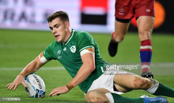 Hyogo , Japan - 3 October 2019; Garry Ringrose of Ireland scores his side's fifth try during the 2019 Rugby World Cup Pool A match between Ireland...