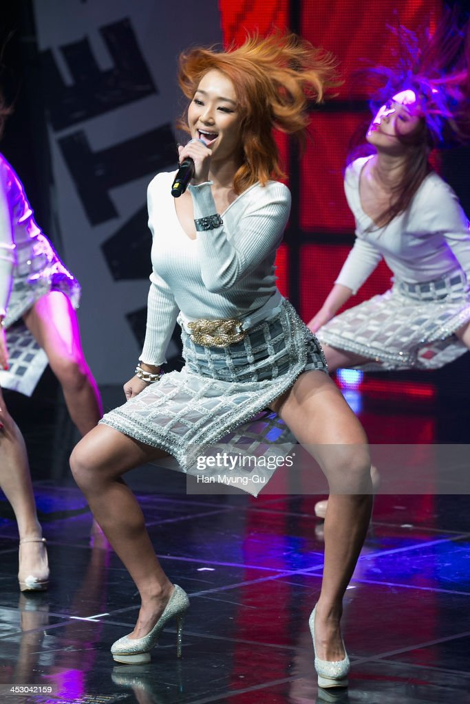 Hyolyn Of Girl Group SISTAR Solo Showcase