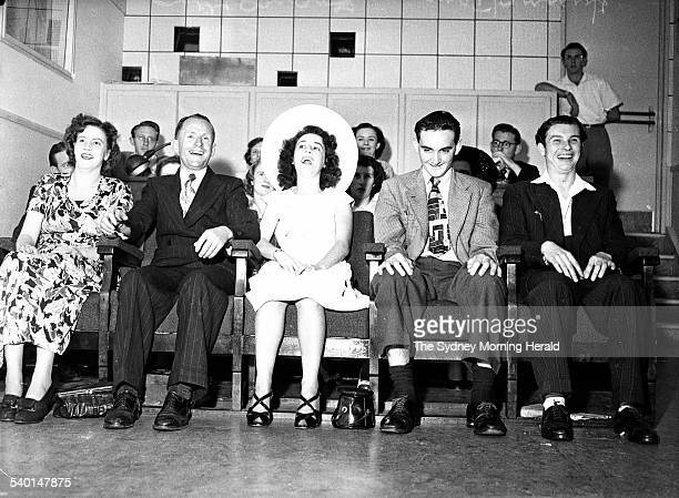 A Hypnotist entertains a group in Sydney on 4 March 1950 SMH NEWS Picture by STAFF