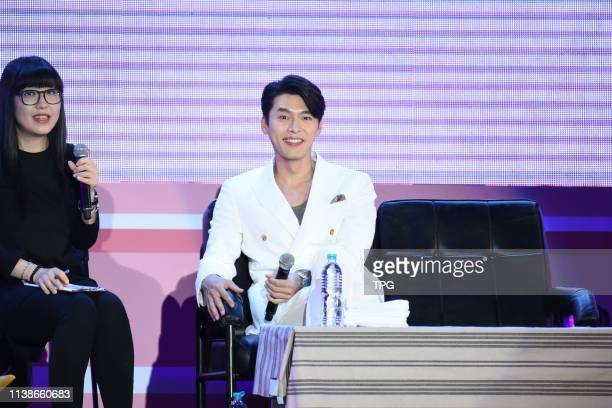 Hyun Bin attended ¡°LOG INTO THE SPACE¡± fan meeting conference by wearing a white suit on 20 April 2019 in TaipeiTaiwanChina