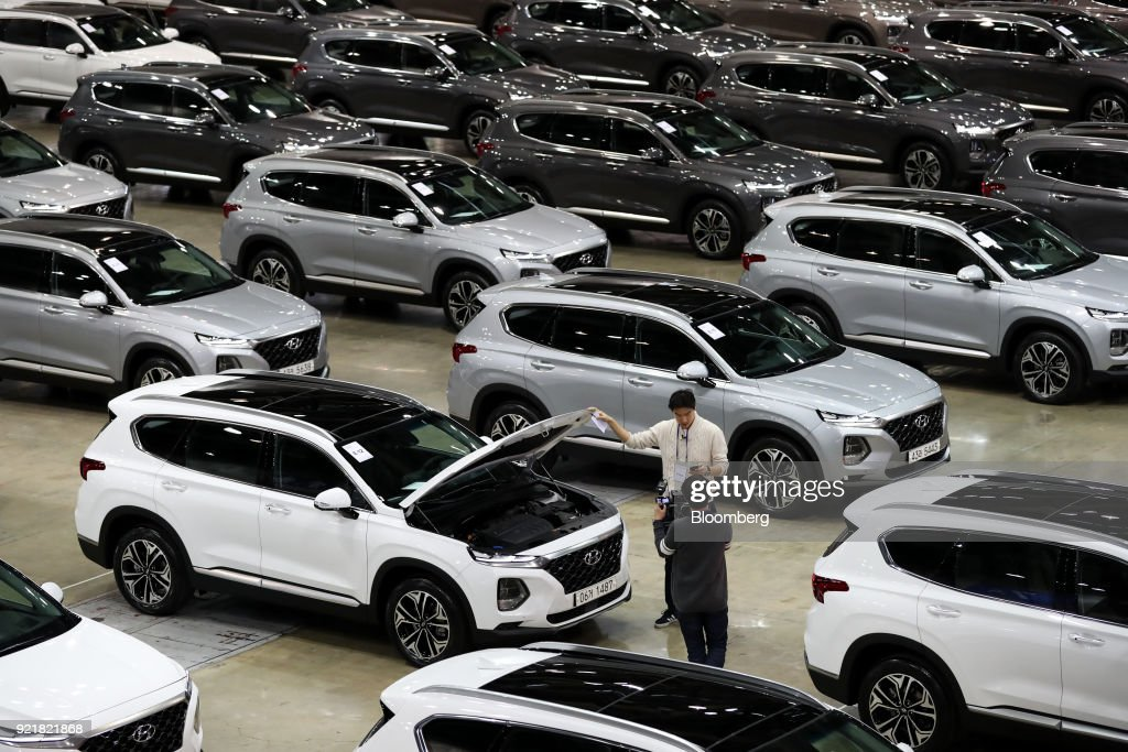 Hyundai Motor Co. Unveils New Model Of Santa Fe SUV : News Photo