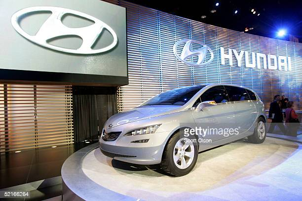 Hyundai Portico Stock Photos And Pictures Getty Images