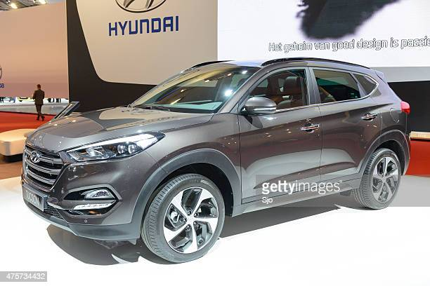hyundai tucson compact suv front view - tucson stock pictures, royalty-free photos & images