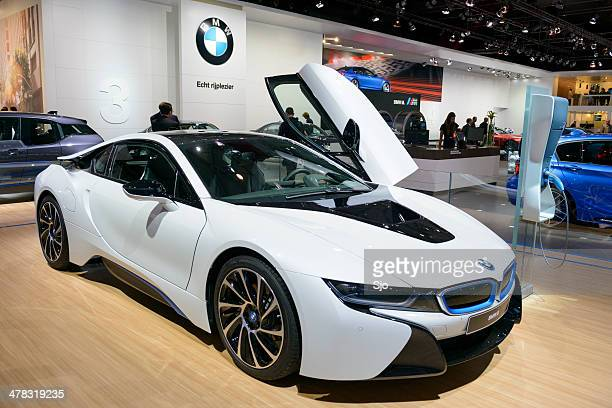 bmw i8 hybrid - bmw i8 stock photos and pictures