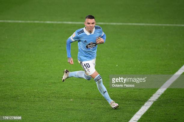 Iago Aspas of Celta Vigo celebrates after scoring his sides second goal during the La Liga Santander match between RC Celta and Cadiz CF at...