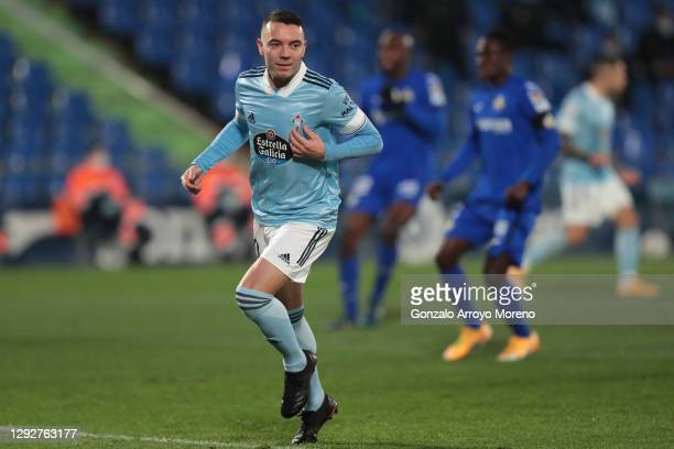 Iago Aspas of Celta Vigo celebrates after scoring their sides first goal from the penalty spot during the La Liga Santander match between Getafe CF...