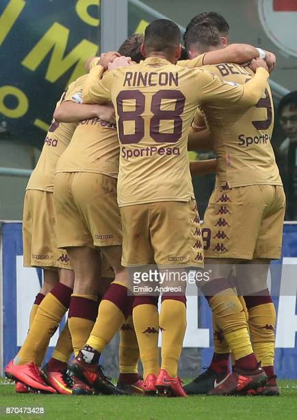 Iago Falque of Torino FC celebrates with his teammates after scoring the opening goal during the Serie A match between FC Internazionale and Torino...