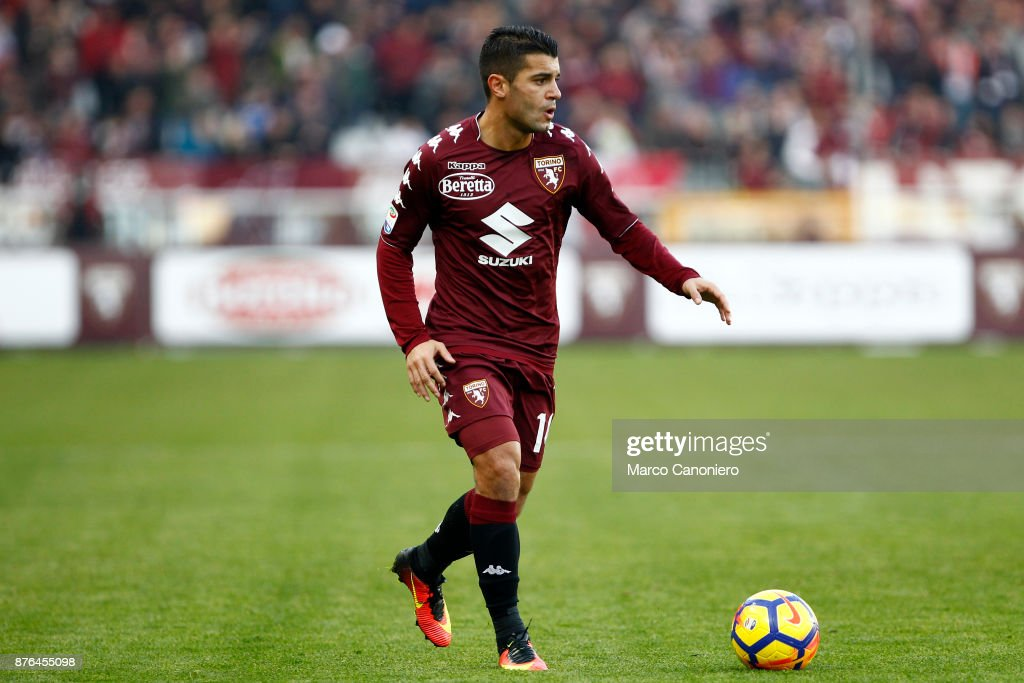 Iago Falque of Torino FC in action   during the Serie A... : ニュース写真
