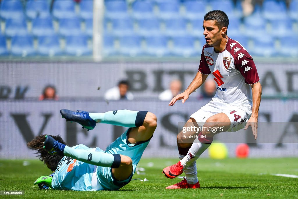 Iago Falque of Torino scores a goal during the serie A match between Genoa CFC and Torino FC at Stadio Luigi Ferraris on May 20, 2018 in Genoa, Italy.