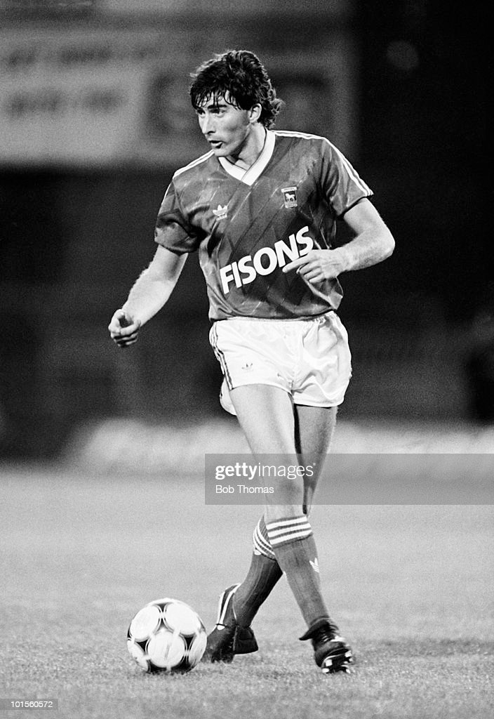 Ian Atkins of Ipswich Town in action against West Ham United in a football match held at Portman Road, Ipswich on 15th August 1986. Ipswich Town beat West Ham 2-0. (Bob Thomas/Getty Images).