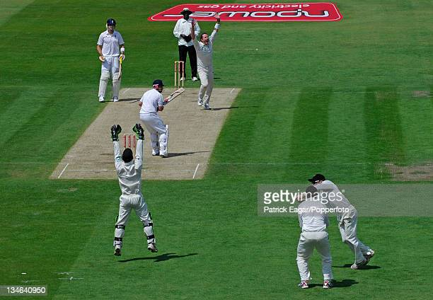 Ian Bell is lbw to Iain O'Brien for 0 England v New Zealand 3rd Test Trent Bridge June 2008