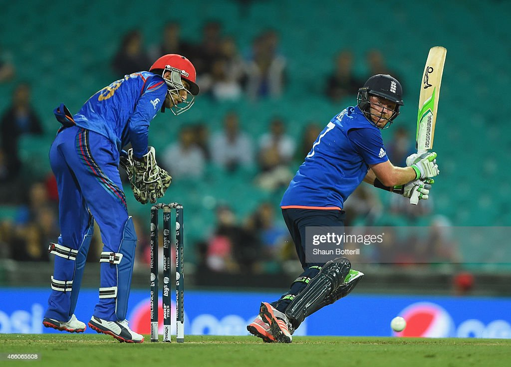 Ian Bell of England plays a shot during the 2015 Cricket World Cup match between England and Afghanistan at Sydney Cricket Ground on March 13, 2015 in Sydney, Australia.