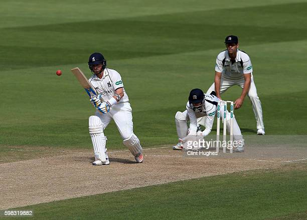 Ian Bell of Warwickshire bats during day two of the Specsavers County Championship Division One match between Warwickshire and Middlesex at Edgbaston...