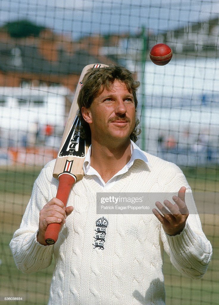 Ian Botham : News Photo