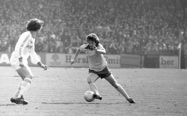 Ian Britton of Chelsea makes a break forward during the Football League Division Two match between Cardiff City and Chelsea held on October 20, 1979...