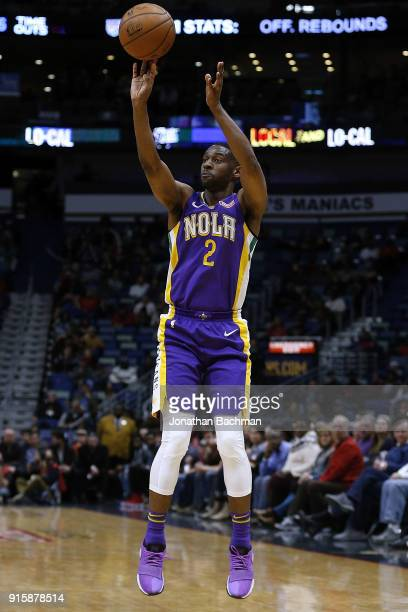 Ian Clark of the New Orleans Pelicans shoots the ball during the first half against the Sacramento Kings at the Smoothie King Center on January 30...