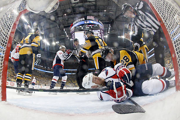 Washington Capitals v Pittsburgh Penguins - Game Four