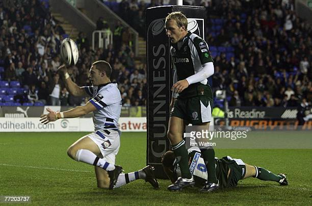 Ian Davey of Bath celebrates scoring a try during the Guinness Premiership Rugby game between London Irish and Bath at the Madjeski Stadium on...