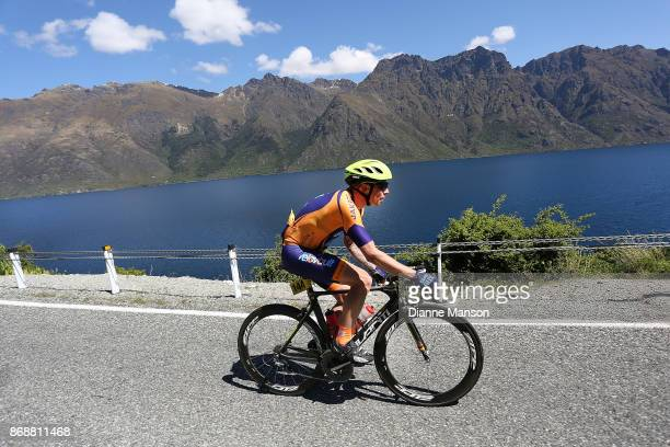 Ian Eagle of Fielding Tank Guy/Bikebox Rentals heads towards Frankton during stage 3 from Mossburn to Coronet Peak during the 2017 Tour of Southland...