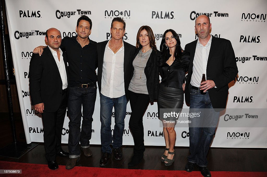 "The Cast Of ABC's ""Cougar Town"" Hosts Viewing Party At Moon Nightclub At Palms Casino Resort"