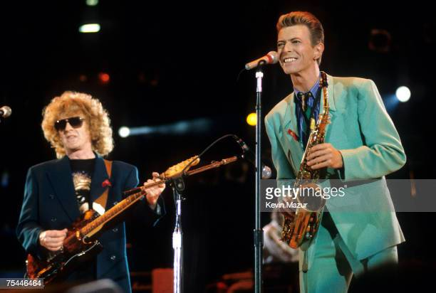 Ian Hunter and David Bowie David Bowie perform All the Young Dudes