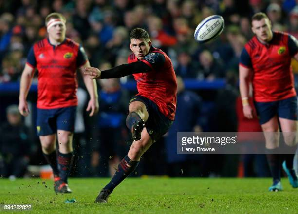 Ian Keatley of Munster kicks a penalty during the European Rugby Champions Cup match between Leicester Tigers and Munster Rugby at Welford Road on...