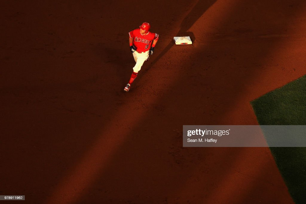 Ian Kinsler #3 of the Los Angeles Angels of Anaheim rounds second base after hitting a solo homerun during the first inning of a game against the Arizona Diamondbacks at Angel Stadium on June 19, 2018 in Anaheim, California.