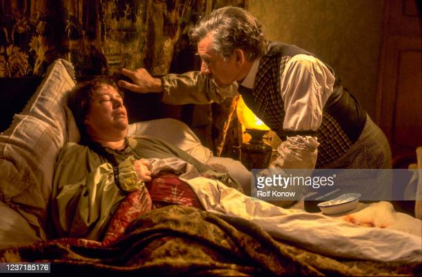 Ian McKellen and Kathy Bates in Swept from the SeaDirected by Beeban Kidron 1996