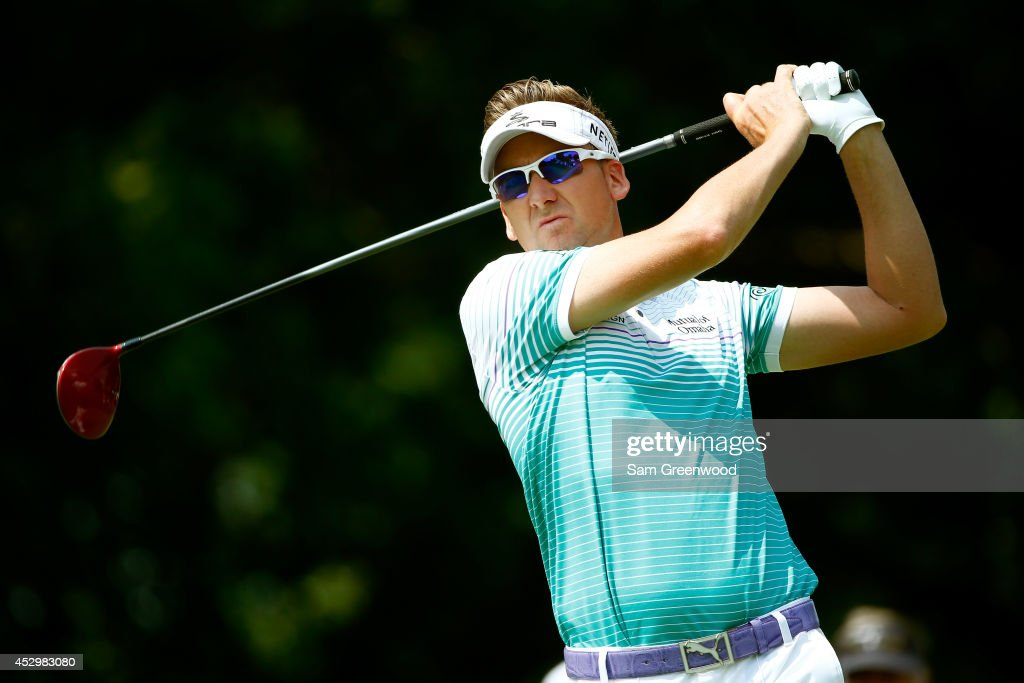 World Golf Championships-Bridgestone Invitational - Round One : News Photo