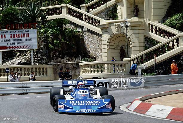 Ian Scheckter drives the Rothmans International Racing March Ford 761B during practice for the Grand Prix of Monaco on 21 May 1977 on the streets of...