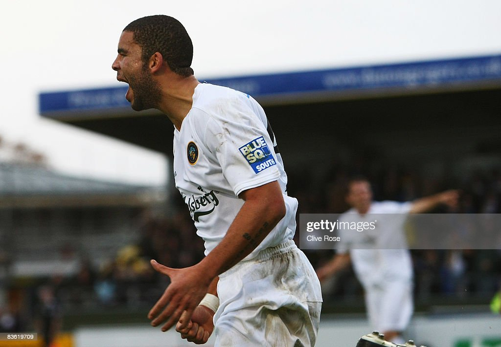 Ian Simpemba of Havant & Waterlooville celebrates his goal during the FA Cup 1st Round match between Havant & Waterlooville and Brentford at the Westleigh Park on November 9, 2008 in Havant, England.